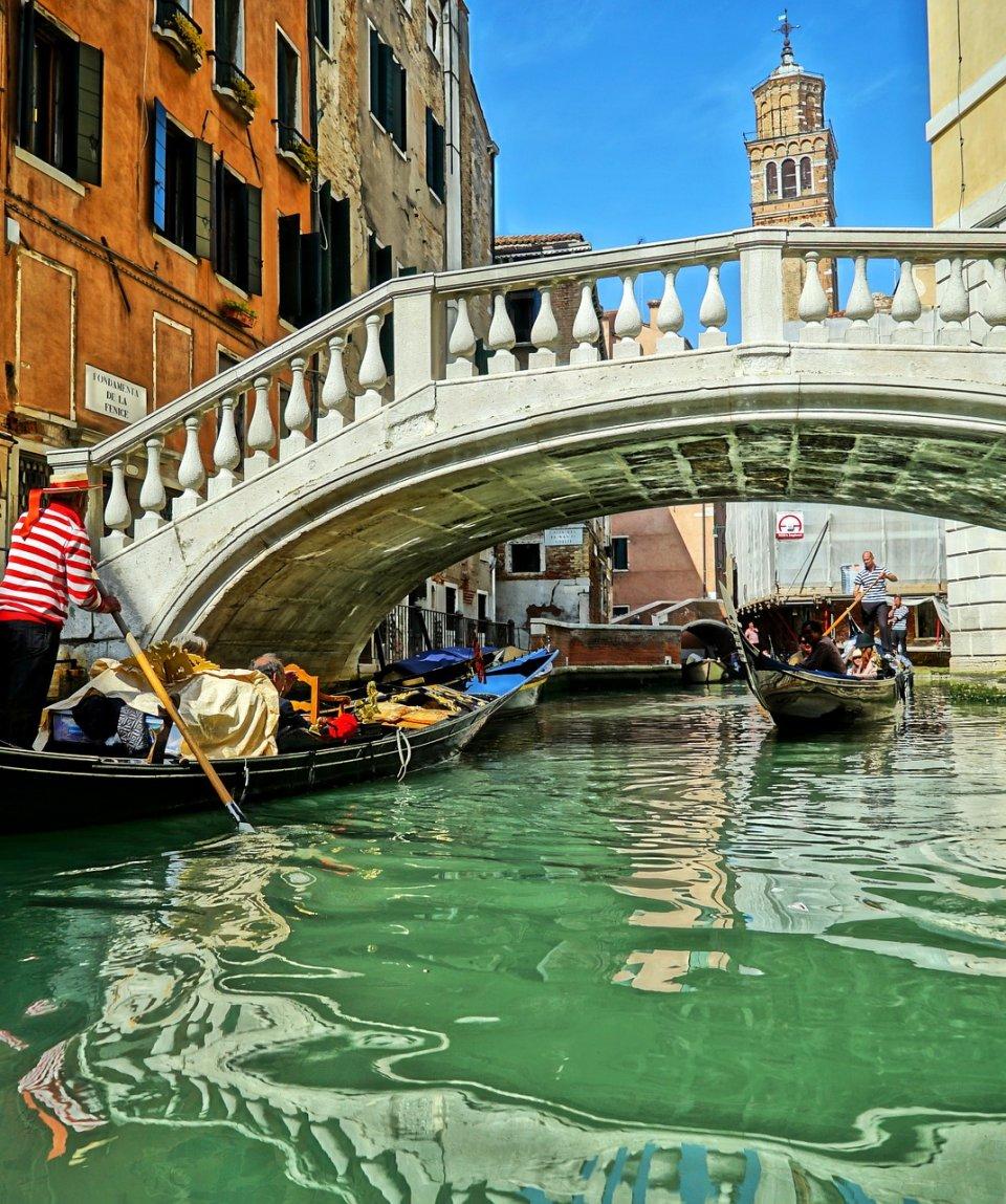 belmond-orient-express-venezia-gondoleponte