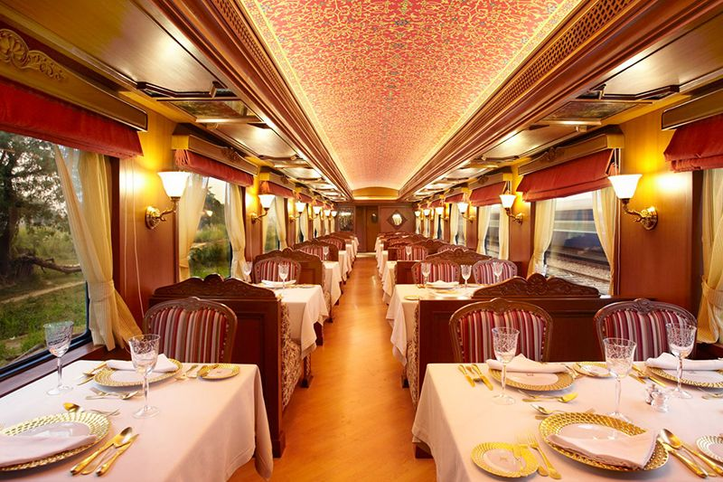 Maharajas Express Luxury Train India - vagone Ristorante