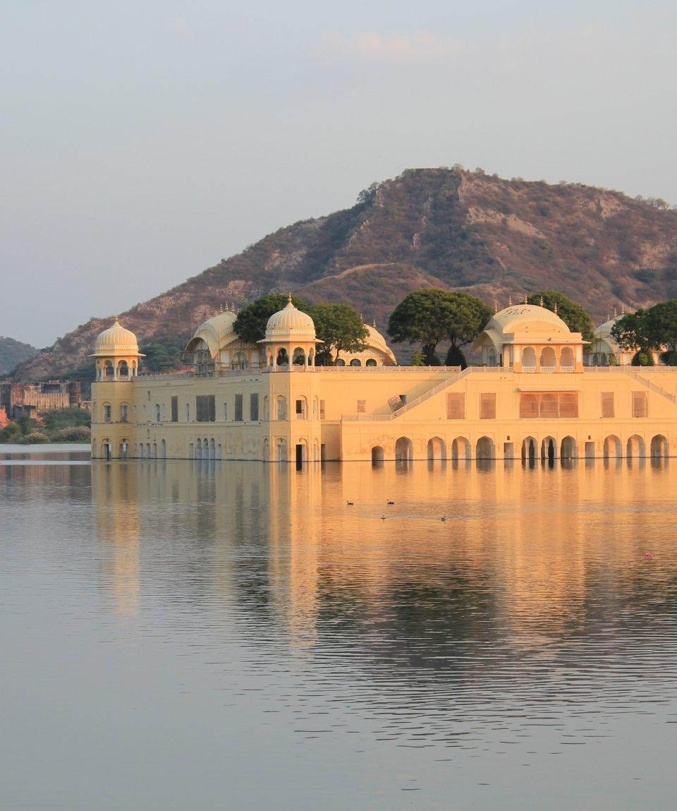 maharajas-express-JaiMahalPalace-Jaipur