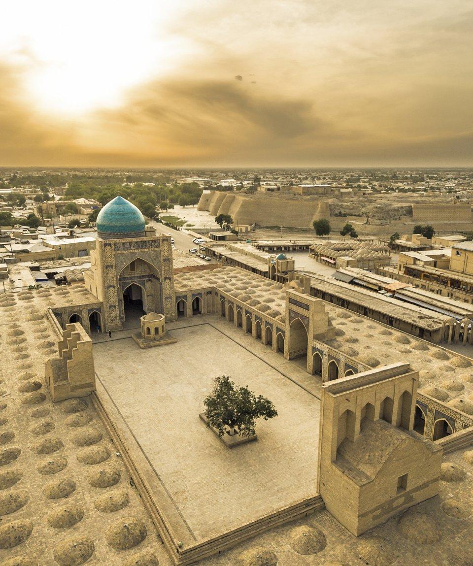 orient-silk-road-express-ashgabat-almaty-bukhara